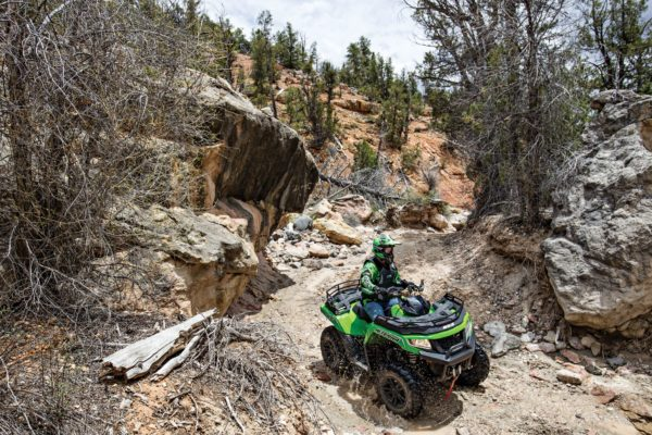 ARCTIC CAT ANNOUNCES AGREEMENT TO BE ACQUIRED BY TEXTRON