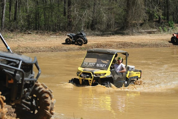 SCENE-IT: HIGH LIFTER MUD NATIONALS
